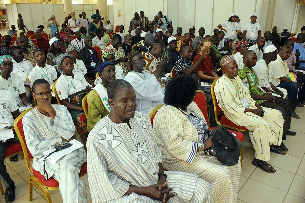 Une vue des participants à la cérémonie d'ouverture de la Foire de l'innovation paysanne en Afrique de l'Ouest